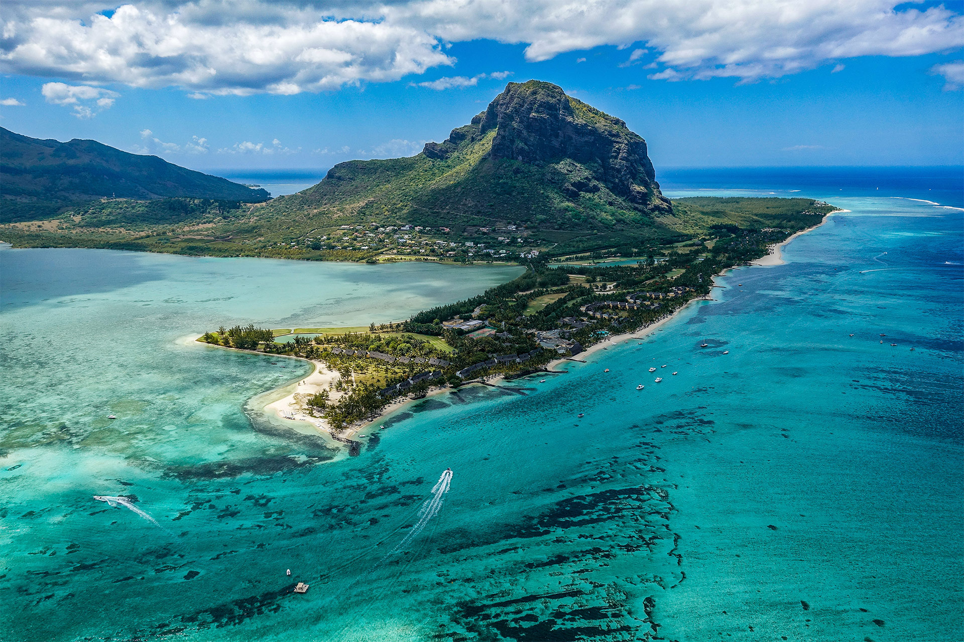 Picture of island in Mauritius